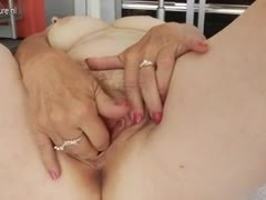 grandma gets wet masturbating